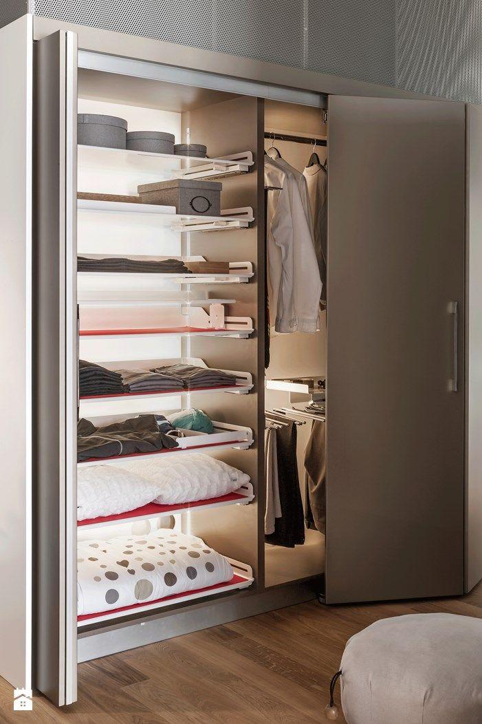 KSA_ eleganckie ubrania wiszące w zamykanej szafie Garderoba styl Nowoczesny - zdjęcie od PEKA - Garderoba - Styl Nowoczesny - PEKA