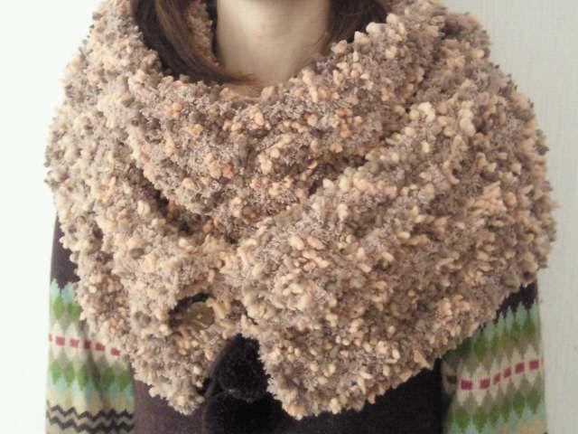 ボタンでアレンジ♪モコモコスヌードの作り方|編み物|編み物・手芸・ソーイング|作品カテゴリ|アトリエ
