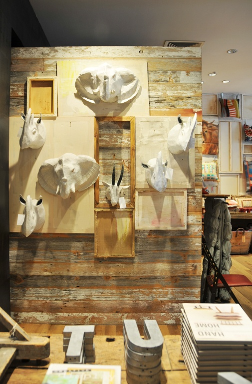 Anthropologie store front displays pinterest for Anthropologie store decoration ideas
