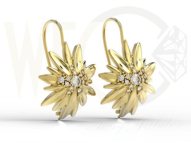 Kolczyki na agrafce szarotka alpejska żółte złoto / On safety pin earrings Edelweiss yellow gold /5475 PLN / #jewellery #earrings #yellowgold #beauty #gift