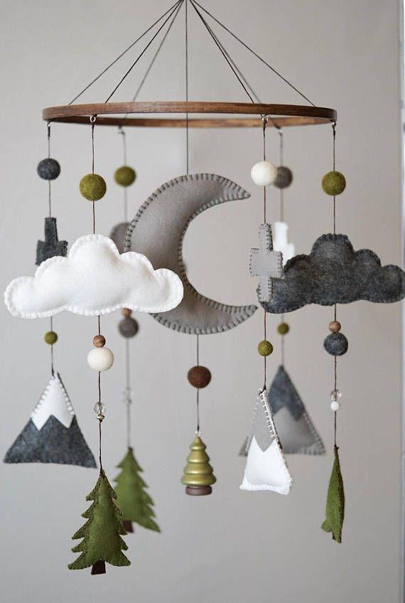 Woodland Nursery / Felt Mobile / Mountain Nursery / Felt Moon