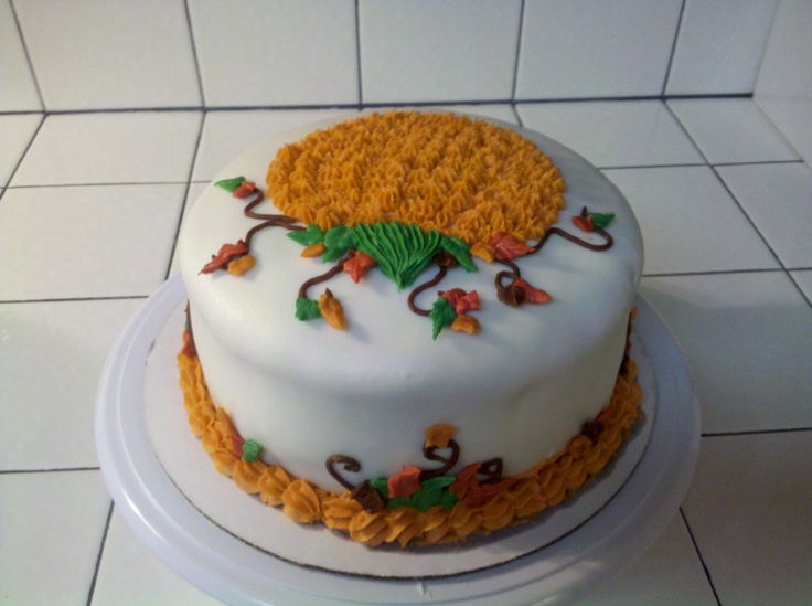23 best images about thanksgiving cakes on pinterest for Autumn cake decoration