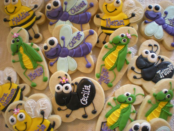 Cake Decorating Store Shelby Twp Mi : 17 Best images about Bugs & Caterpillars Cookies, Cakes on Pinterest Book worms, Royal icing ...