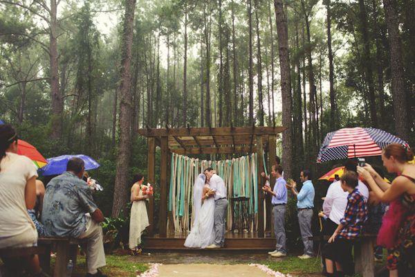 rain on wedding day at Glen Venue, Florida, photo by Jason Mize   via junebugweddings.com