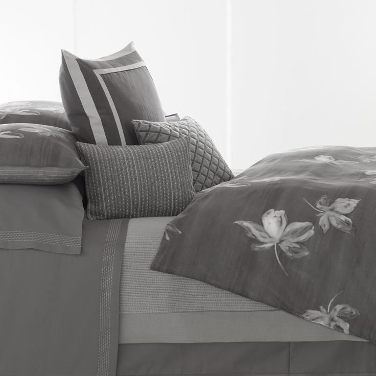 Vera Wang Charcoal FlowerVera Wang, Grey Bedrooms, Wang Beds, Wang Charcoal, Duvet Covers, Bedrooms Beds, Beds Style, Flower Duvet, Charcoal Flower