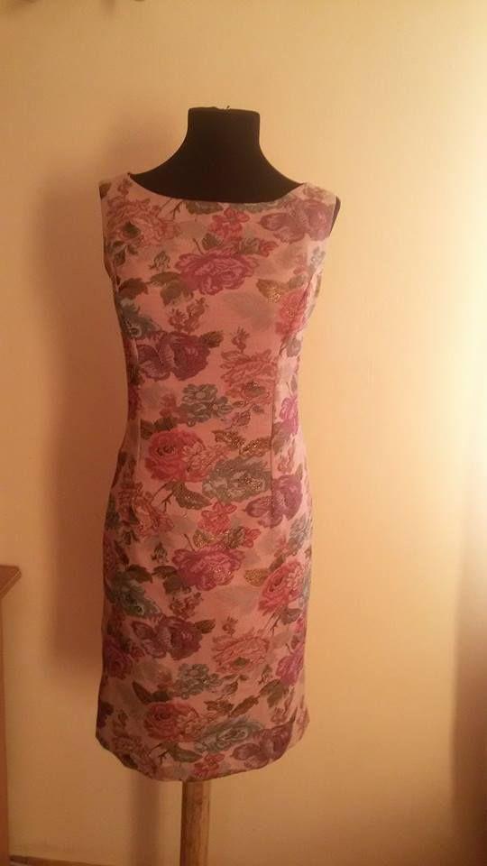 rochie rose