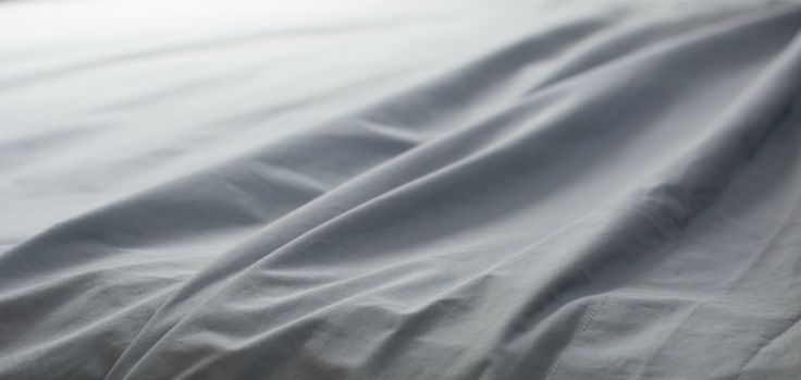 Here's how to use common household products to naturally soften sheets. Make your scratchy, stiff sheets luxuriously soft and comfortable | The Good Sheet