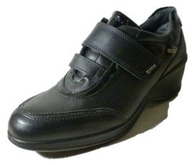 Italian sneakers for women, with wedge. Made in Italy by Igi&Co