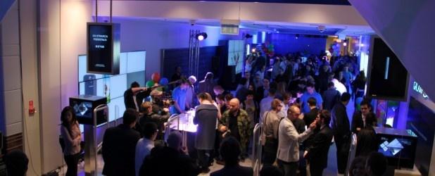 Dziś o godzinie 16:00 ma zostać oficjalnie otwarty pierwszy w Polsce Samsung Brand Store, który można znaleźć w warszawskiej galerii Arkadia.  http://www.spidersweb.pl/2013/04/samsung-brand-store-dzis-zostanie-otwarty-my-juz-tam-bylismy.html