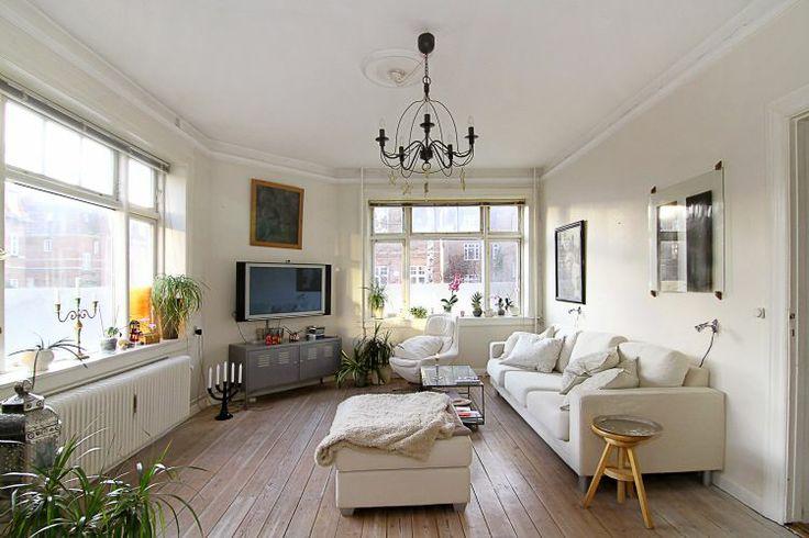 Large Copenhagen apartment with patio: 140 m2 apartment at H. P. Ørums Gade, Østerbro