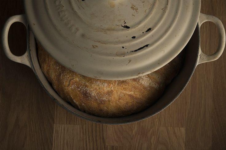 Det er på tide med med en ny oppskrift på eltefritt grytebrød og denne gangen har jeg laget brød med ovnsbakt hvitløk. Ovnsbakt hvitløk er fantastisk godt på egenhånd, så det krevde ikke så veldig …