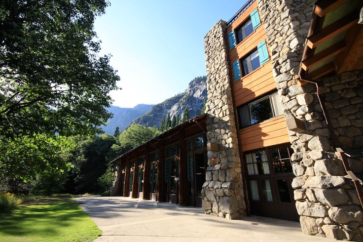 Beautiful Ahwahnee Hotel in Yosemite