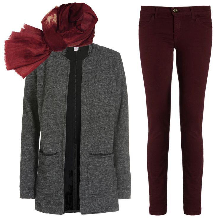 Тема oversize на пике. Поэтому серый трикотажный пиджак Deha свободного кроя сейчас очень актуален. Он отлично сочетается с облегающими скинни DL1961 модного бордового оттенка. Шерстяная шаль Jeff станет заключительным аккордом. Подобрать себе всё для такого стильного и комфортного образа вы сможете в #JiST или jist.ua. #fashionable #outfitidea: #stylish #burgundy #DL1961 #jeans, #trendy #gray #oversize #Deha #jacket & #Jeff #wool #shawl help to create #chic #fall #outfit #мода #стиль…