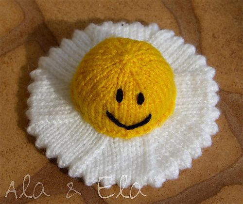 Amigurumi Fried Egg Pattern : 17 Best images about Knit for the Palate on Pinterest ...
