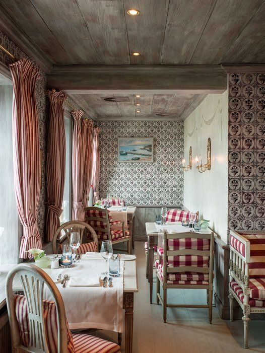 The dining room of chef Alessandro Pape's Restaurant Fährhaus, on Sylt.