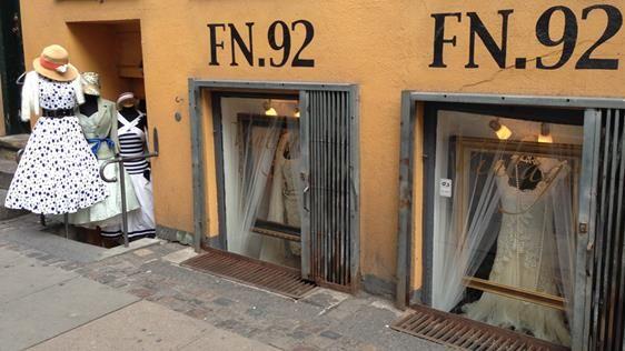 fn92  Open noon  til 4 or 6, Fri, Sat, Mon