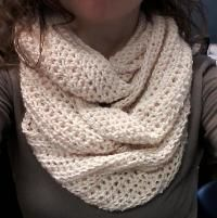 Easy Twisted Cowl by jaysboutique | Crocheting Pattern