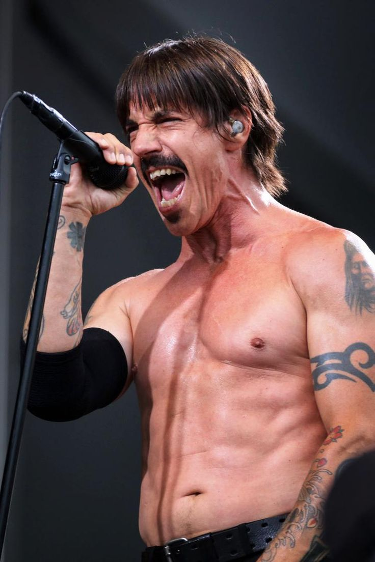 Red Hot Chili Peppers singer Anthony Kiedis hospitalized - NY ...