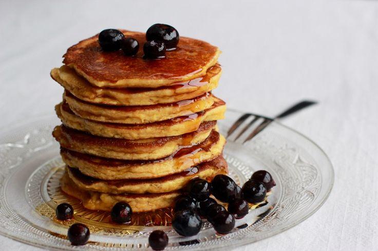 Une recette inratable de Pancakes {pauvres en glucides, sans gluten & sans lait} Thermomix sur Yummix • Le blog culinaire dédié au Thermomix !