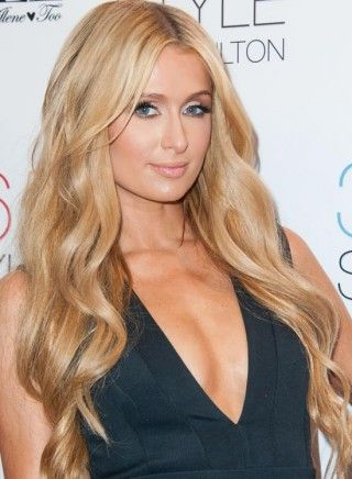 Hairstyles For Girls With Long Hair - Long Wavy Curls