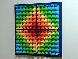 manualidades con carton de huevo - cuadro decorativo hecho con cartones de huevo