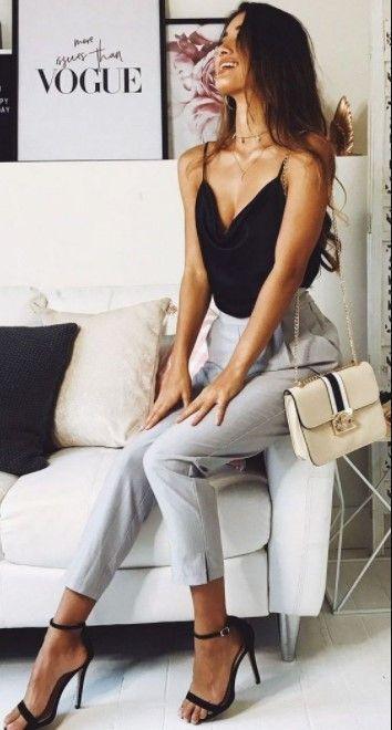 50 Classy Elegant Outfits for Women #classyoutfits #dailyfeedpins.com #eleganto…