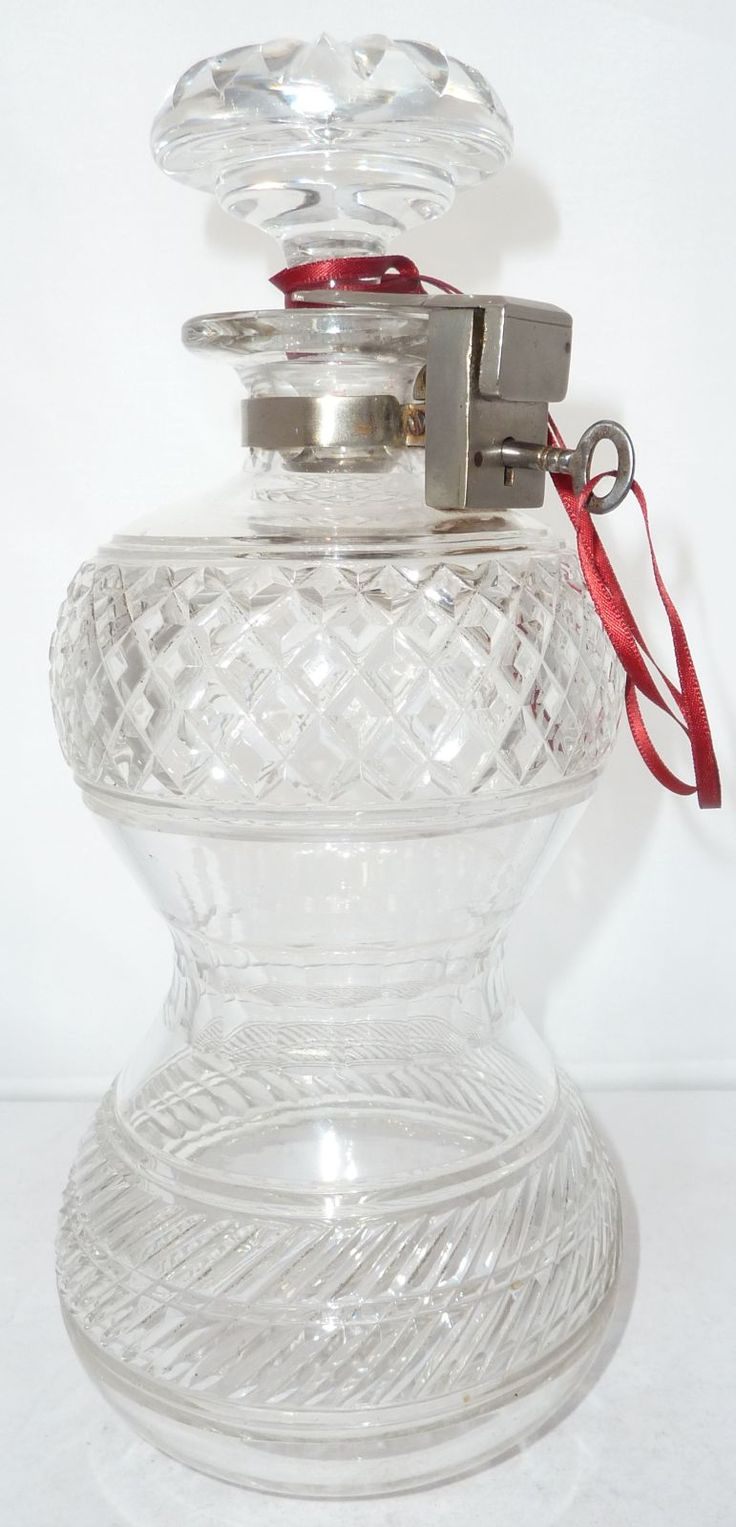 Victorian Travelling Silver Plated Top Locking Glass Crystal Decanter Betjemann. C1880