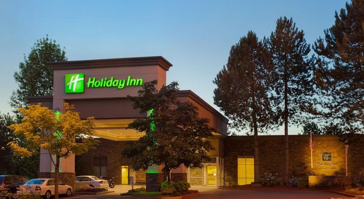 Holiday Inn Portland-Airport I-205 Portland Offering free shuttles to and from Portland International Airport and sites within a 2-mile (3.2km) radius, this completely smoke-free Portland, Oregon hotel is only moments from Cascade Station shopping center.