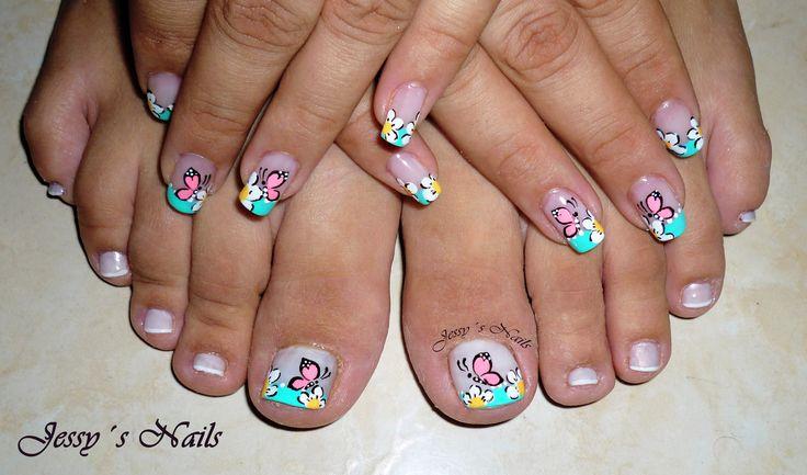 diseño para manos y pies con flores y mariposas #cute #nailart