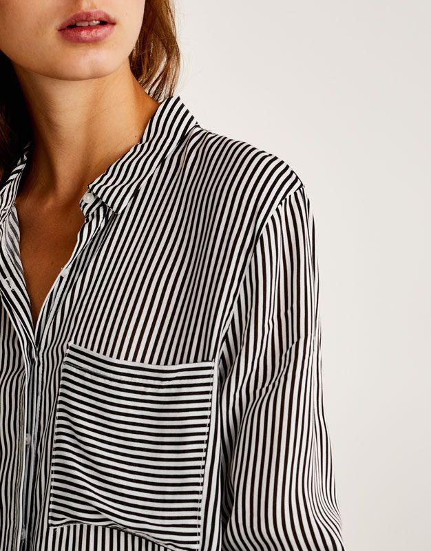 Wzorzysta koszula z długim rękawem - Bluzki i koszule - Odzież - Dla Niej - PULL&BEAR Polska