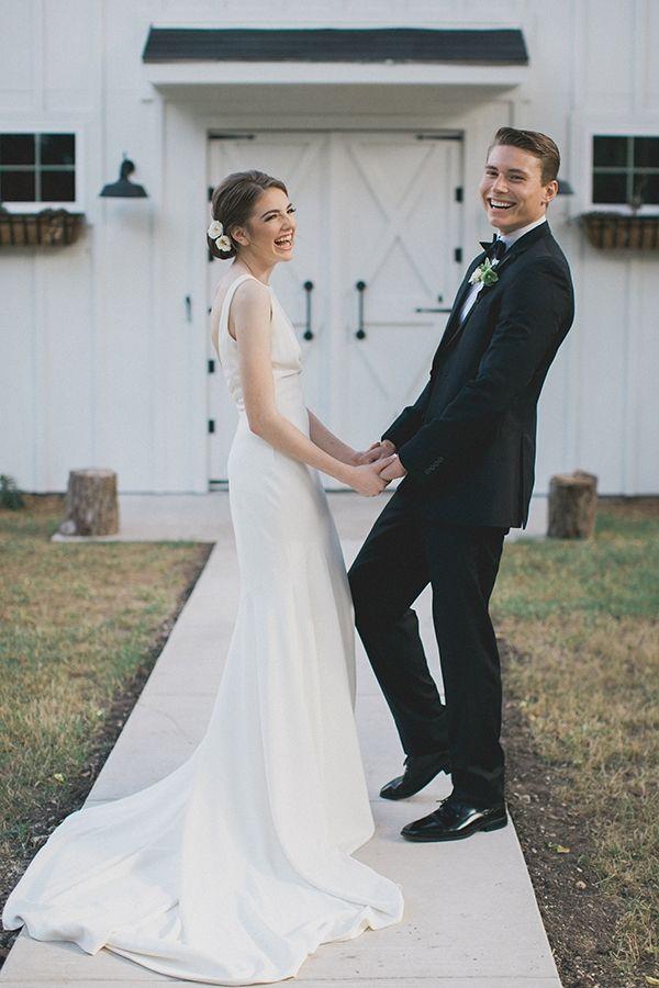 Elegant wedding at the RoseMary Barn | Photo by Elle Boone