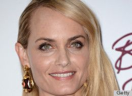 Amber Valletta Goes Without Makeup, Proves That Supermodels Are Just Like Us (PHOTOS)