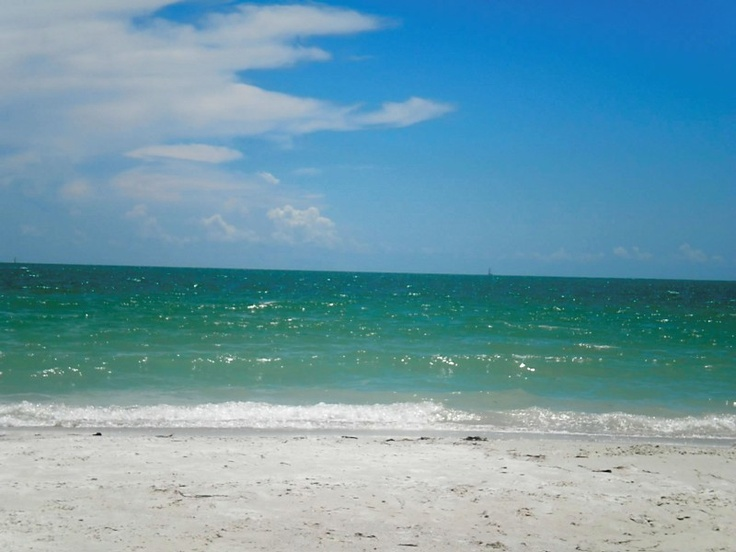 Fort Myers Beach, Florida, cant wait....no spring breakers i'll have the beach all to myself.....God is good....