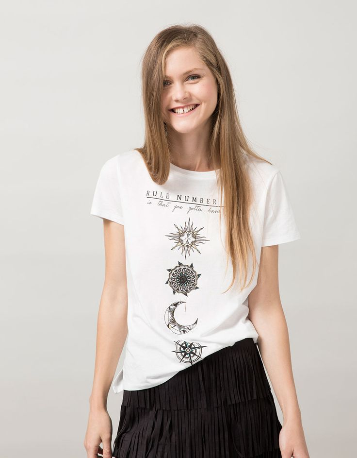 Camiseta BSK estampada 'Moon/Rule' - Camisetas - Bershka España