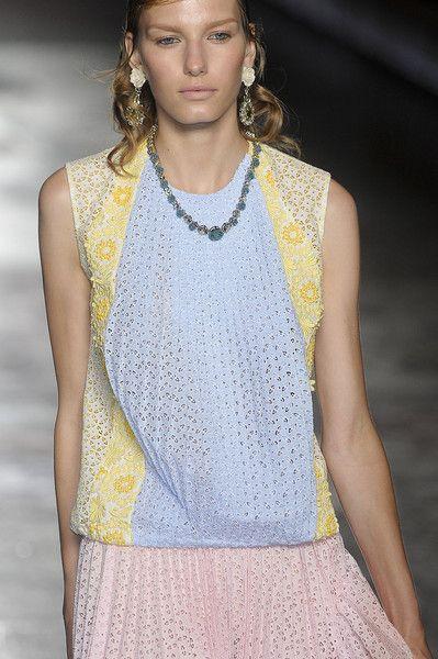 Prada at Milan Spring 2012 (Details)