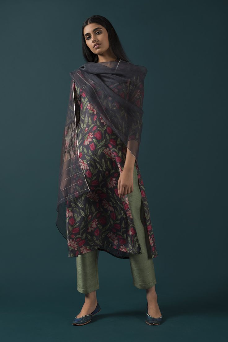 AIDAH Bold ikat prints and floral blooms from Uzbekistan inspire this range of day and evening wear. #GoodEarthSustain