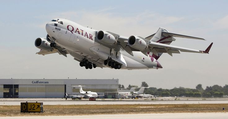 RWY24R - Aviation blog - Daily news and images Qatar Air Force Boeing C-17 Globemaster III take-off