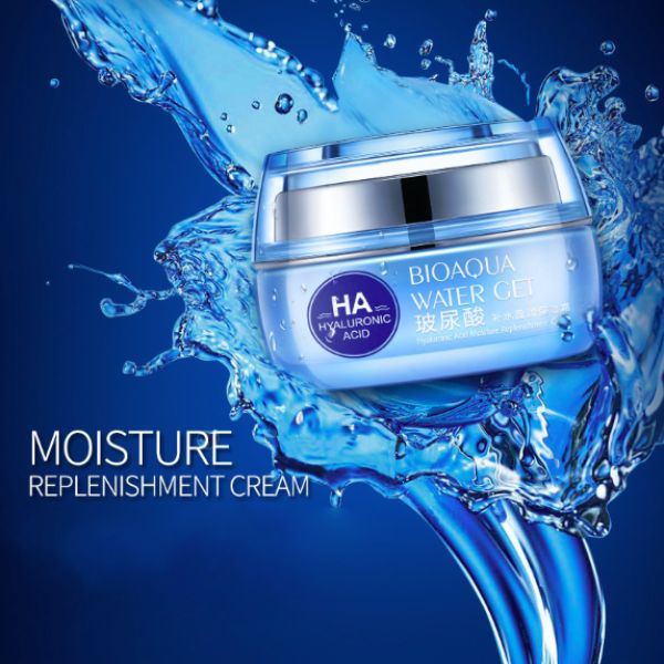 My review of a wonderful affordable anti-wrinkle moisturizing facial cream made in Korea. Price $6.70 (#affiliate)