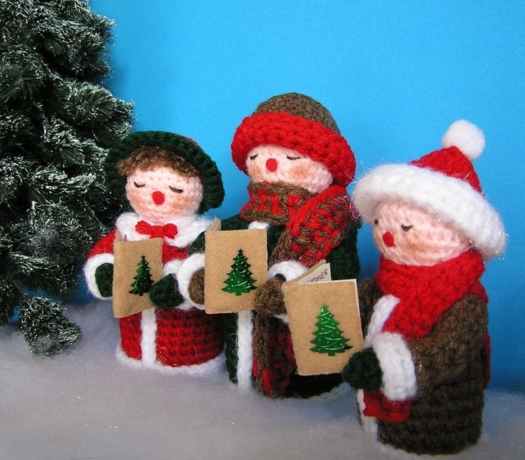 Christmas Caroling Family Set Of 4: 1000+ Images About Crochet - Christmas On Pinterest