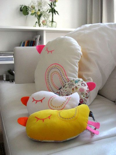 Kids room - Pillows by Laura Jane - Via Cote Maison