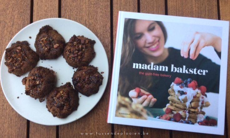 Lekkere desserts maken zonder eieren, melk en suiker? Madam Bakster toont je hoe. Ik ging naar haar luisteren en bakte heerlijke cookies!