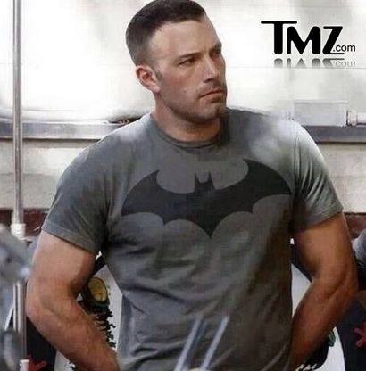 """Ben Affleck followed a very strict meal plan when bulking up for his Batman role. Ben made sure that he put an emphasis on his nutrient timing along with increased protein intake. Ben lived by the adage """"not all protein is created equal"""" and stuck to the highest forms: fish, eggs, lean beef and chicken. … … Continue reading →"""