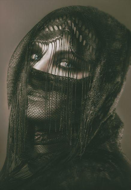 - Tenebrārum - by Kat von Rose  Dark Photography Series  more: http://kat-von-rose.blogspot.com/2017/01/tenebrarum.html  #dark #darkglam #photography #alternative #avangarde #editioral #darkness