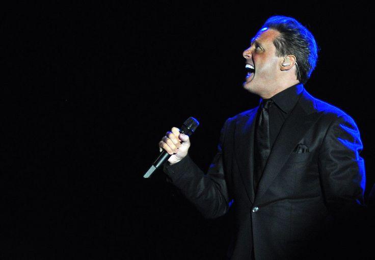 Luis Miguel suspende concierto a los 20 minutos de haber comenzado