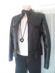 49€ - Veste en cuir MARQUE INCONNUE Noir T36