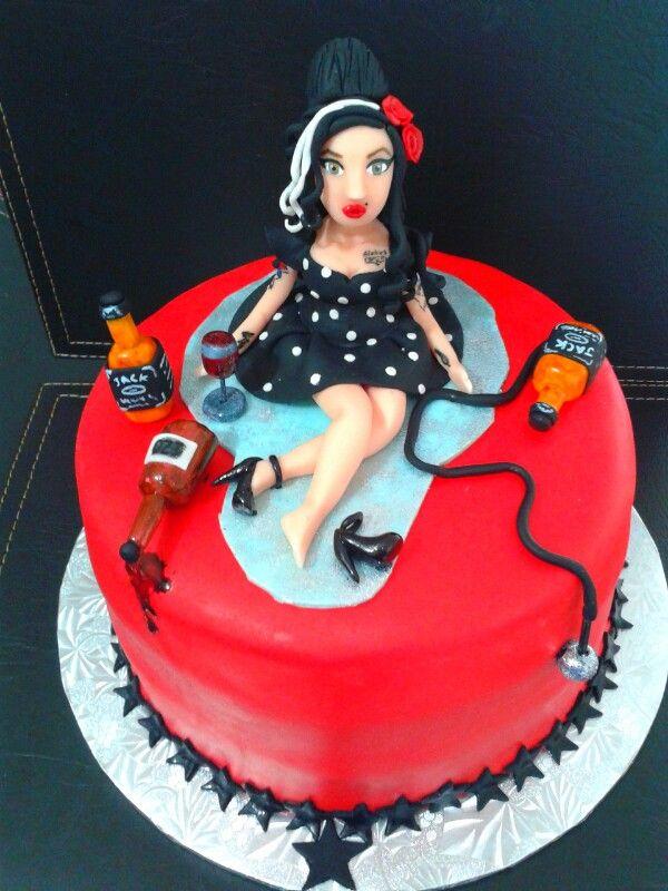 Amy winehouse cake ♡