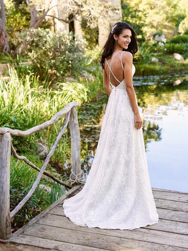 Em Ology Fashion Food Life Timeless Wedding Dress Wedding Dress Backs Boho Bridal Gowns