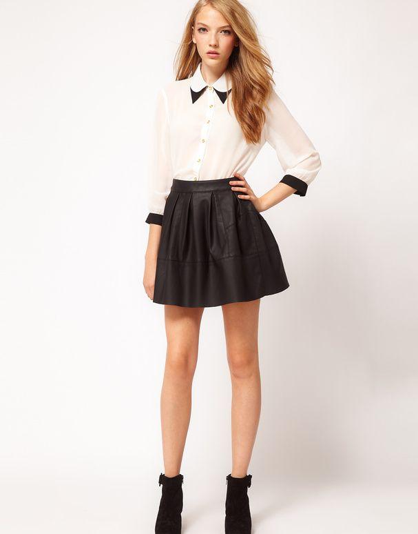 les 25 meilleures id es concernant tenue avec chemisier blanc sur pinterest blouses blanches. Black Bedroom Furniture Sets. Home Design Ideas
