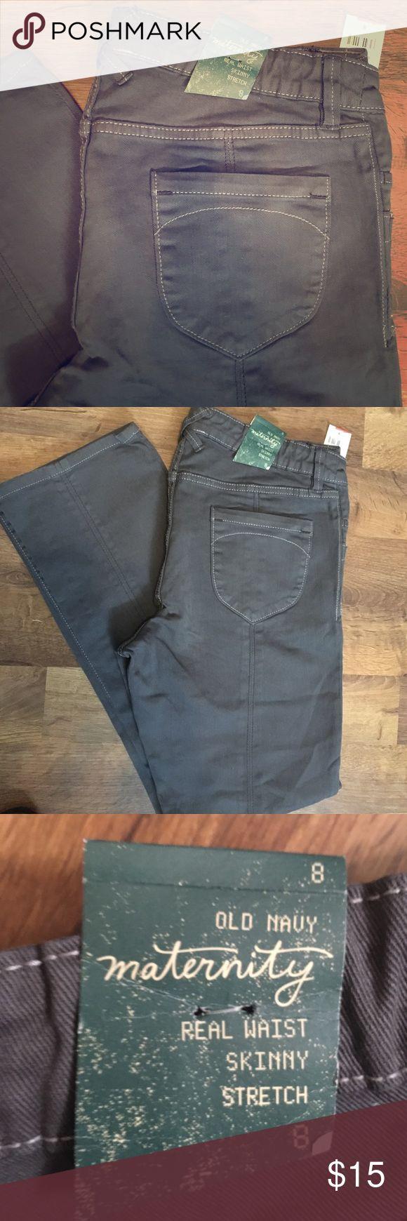 Brand new maternity skinny jeans Brand new Old Navy maternity real waist. Old Navy Pants Skinny