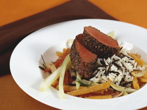 Filet vom Reis mit Wildreis und gemischtem Gemüse ist ein Rezept mit frischen Zutaten aus der Kategorie Reh. Probieren Sie dieses und weitere Rezepte von EAT SMARTER!